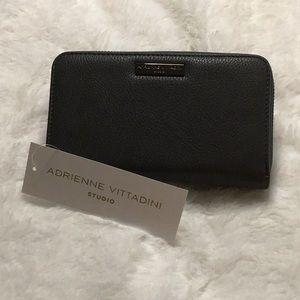Adrienne Vittadini Clutch Wallet   NWT